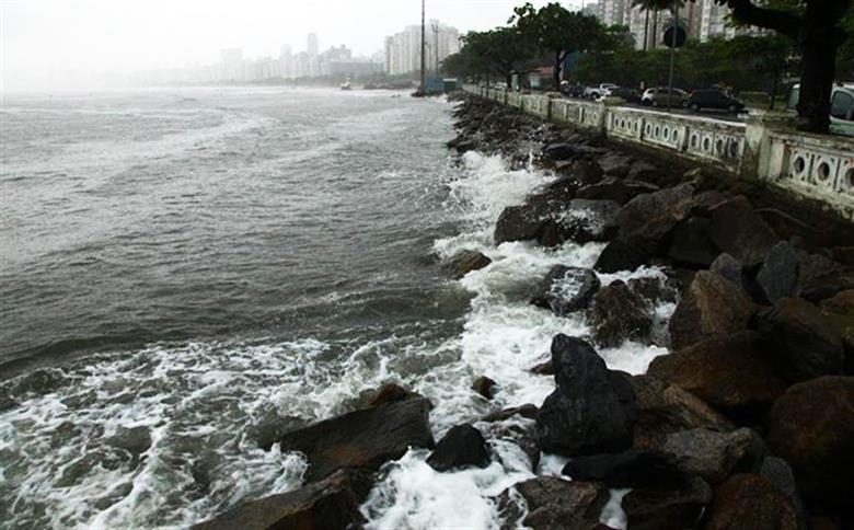 NPH-Unisanta prevê ressaca moderada e pico de 1,9m na sexta em Santos   Santa Portal