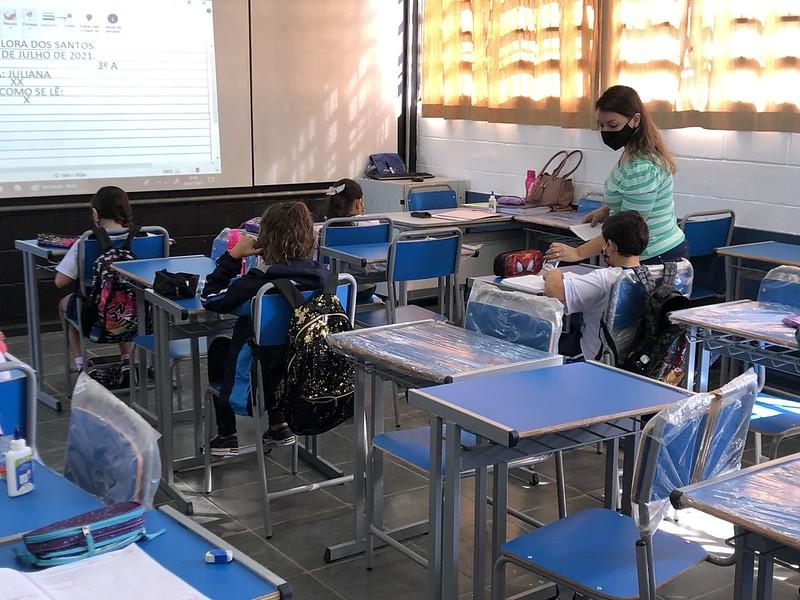 Guarujá adere a programa de capacitação sobre educação empreendedora   Santa Portal