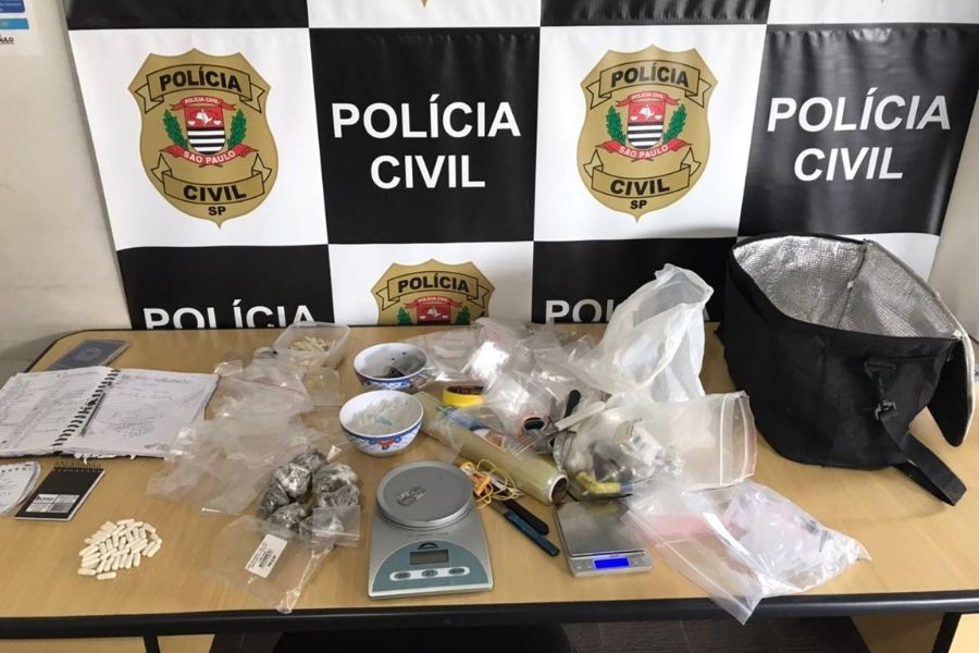 Homem é preso com mais de 300 porções de drogas no Vale do Ribeira