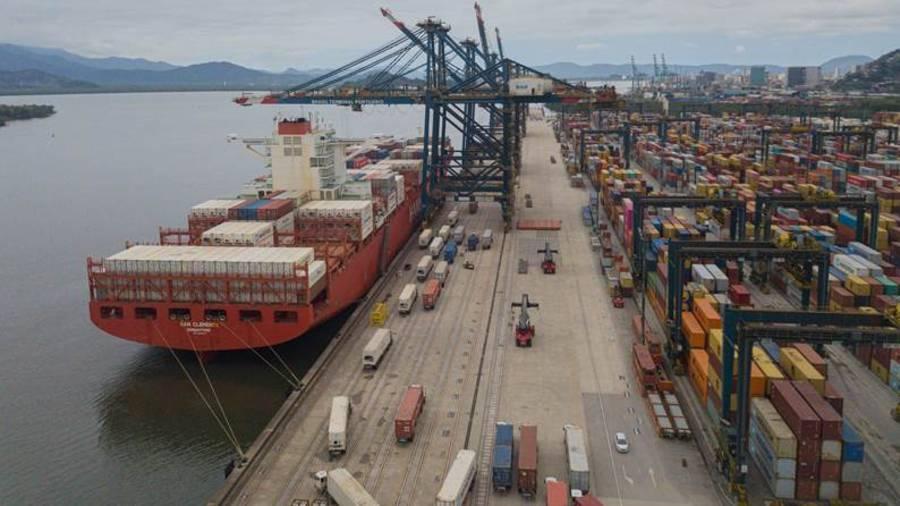Navios cargueiros é evolução da indústria de shipping, diz especialista | Santa Portal