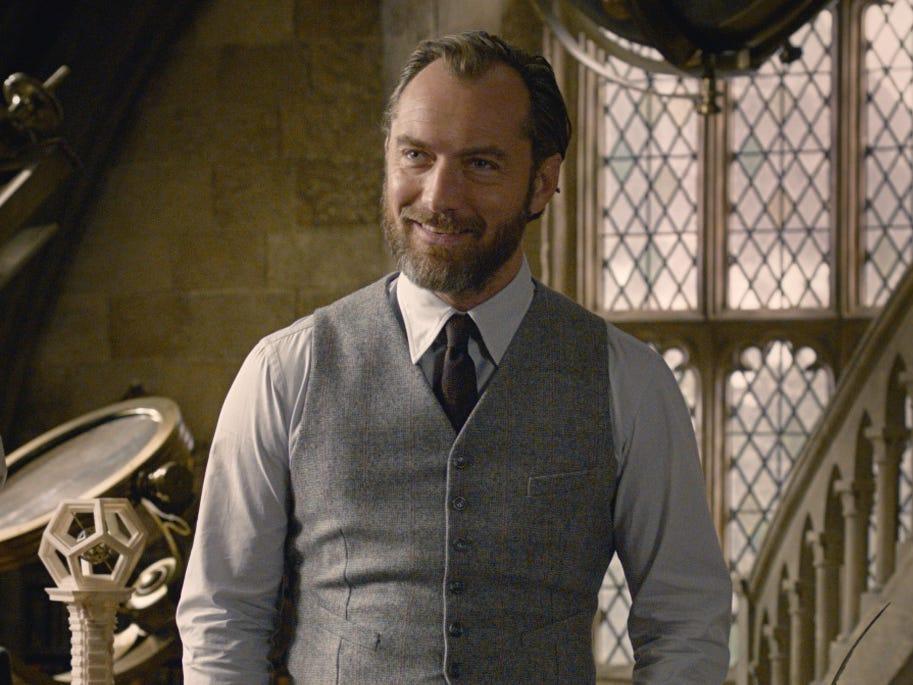 Novo filme da saga 'Animais Fantásticos' explorará a vida do mago Dumbledore   Santa Portal